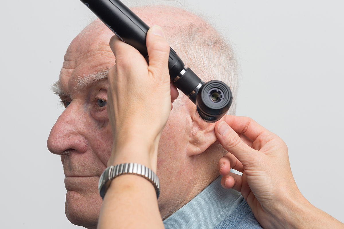 Do's and don'ts of getting rid of earwax